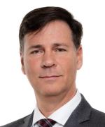 Stéphane Bibeau LLB, DDN, MBA Président de la compagnie, chef de la direction et chef des opération