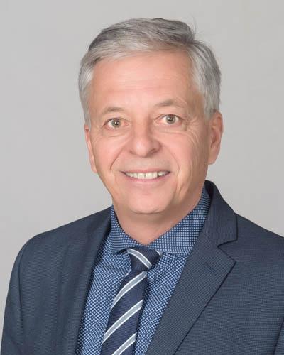 François Savaria CPA, CA  Trésorier et vice-président, finances